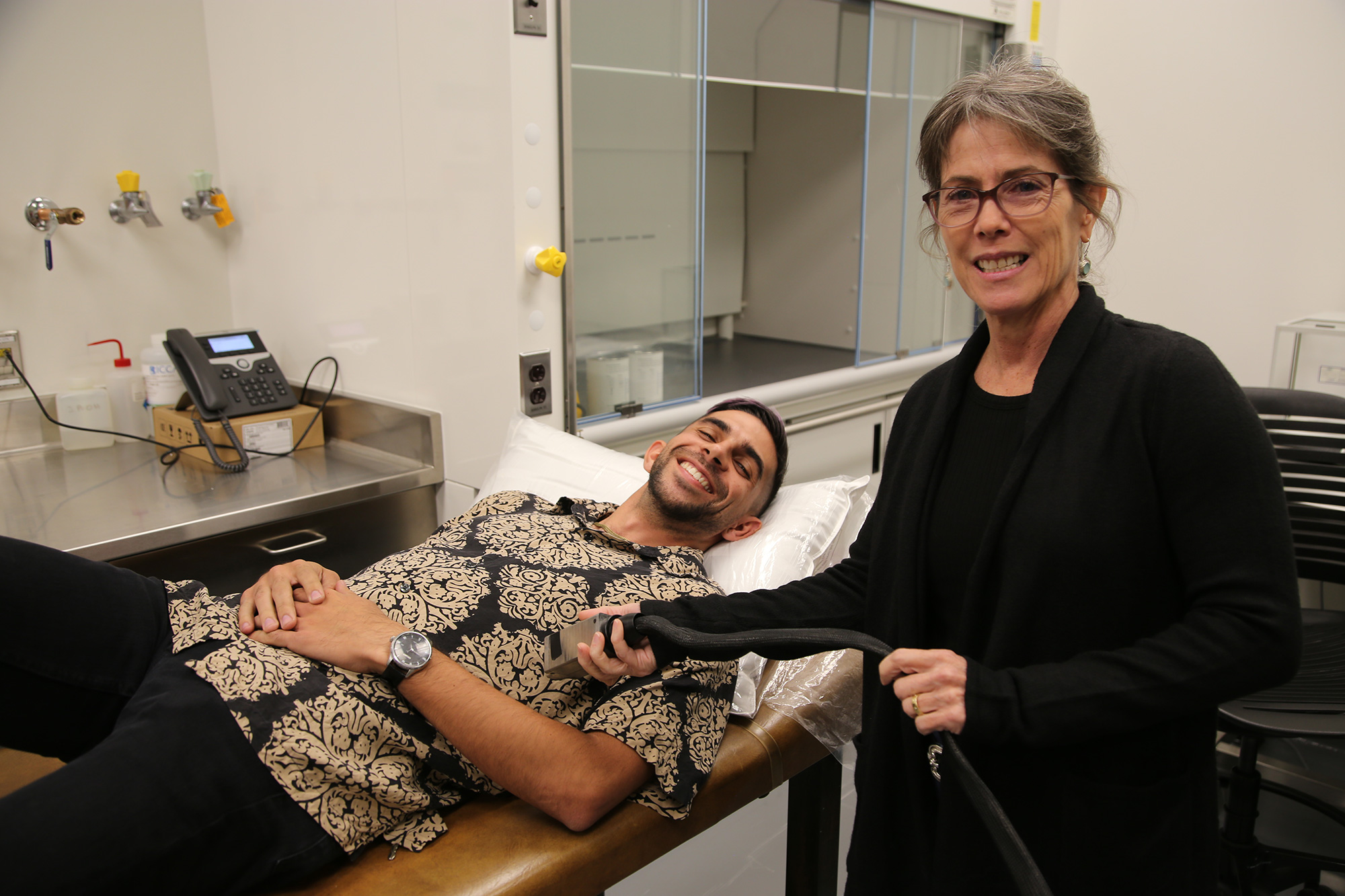 Alexander Alvarez and Sonia Vohnout demonstrate the acoustoelectric cardiac imaging invention.