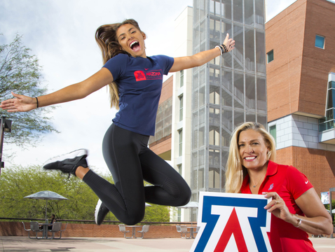 UA student-athlete Mia Mason and her mother, former UA volleyball player Jeannine Mason