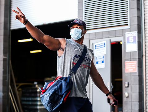 University of Arizona football players return to Arizona Stadium through Gate 8, where they were met with clear health protocols. (Photo: Mike Christy/Arizona Athletics)