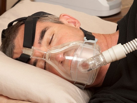 University of Arizona College of Medicine – Tucson professor Dr. Sairam Parthasarathy says the biggest barrier to treating sleep apnea is helping individuals use a CPAP machine.
