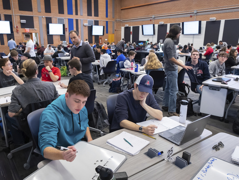 A former gymnasium in the Ina A. Gittings Building on the UA campus has been converted into a collaborative learning space for this electrical and computer engineering course taught by associate professor Loukas Lazos. Photo: Bob Demers/UANews