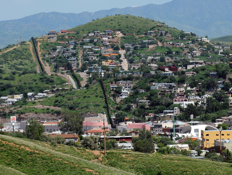 """Nogales, Arizona, and Nogales, Sonora, are representative of the U.S.-Mexico border areas that will be the focus of the newly established """"Fronteridades: Nurturing Collaborative Intersections in the U.S.-Mexico Borderlands"""" program. (Photo: Jim Greenhill/CC BY 2.0)"""