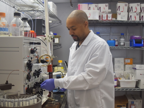 Several UArizona research teams, including one co-led by Michael Johnson, assistant professor of immunobiology, will investigate novel COVID-19 treatments. (Photo: Nicole Swinteck/Department of Immunobiology)