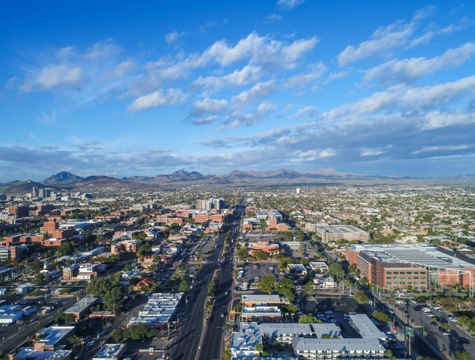 Researchers hope to improve traffic efficiency and safety on Speedway Boulevard, which runs from east to west through Tucson and the University of Arizona campus. (Photo: Jim Robison/City of Tucson)