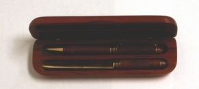 The 325 employees who have worked at the UA for 10 years will receive a pen and letter opener in a rosewood box, like this set, at next week's Service Awards Luncheon.