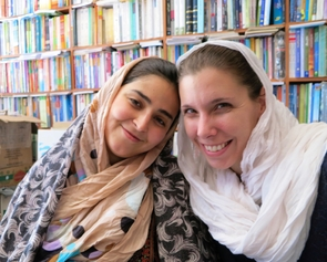 From left: Photojournalist Elaha Sahel and Hervey in 2013. (Courtesy of Felisa Hervey)