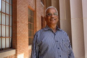 Ray Umashankar, an assistant dean for the College of Engineering, is co-founder and director of the ASSET India Foundation. (Photo by Beatriz Verdugo/UANews)