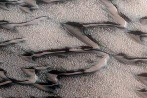 Awakening Dunes (NASA/JPL/University of Arizona)