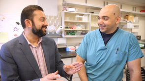 Rajesh Khanna (left), UA associate professor of pharmacology and senior author of the study, with Mohab Ibrahim, UA assistant professor of anesthesiology and pharmacology and lead author of the study, in the lab. (Photo: Bob Demers/UANews)