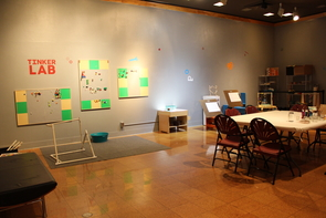 The Tinkerlab contains books, open-sketch materials, blocks for building and mobile-creation activities.