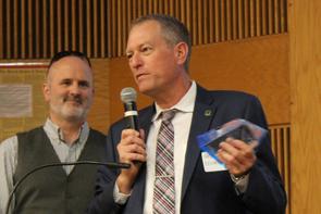 Frederic Zenhausern receives the Inventor of the Year (Life Sciences) award. (Photo: Paul Tumarkin/Tech Launch Arizona)