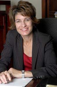Lisa Lovallo, UA student affairs development and advancement director