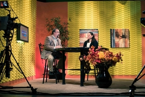 """Natalie Lucas, who has organized a diverse group of undergraduate and graduate students to attend COP21, discusses her """"Roadtrip to Paris"""" during an interview on """"The Morning Scramble"""" in Prescott, Arizona. (Photo: Donavan Seschillie)"""