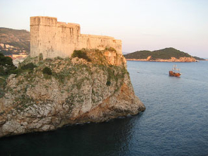 This old fortress in Dubrovnik sits on top of an ancient thrust fault, visible in the photo. The newly discovered active thrust fault lies not far offshore. (Richard A. Bennett)