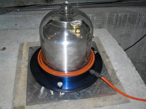Housed in a vacuum under a protective dome inside a vault in the Santa Catalina Mountains north of Tucson, a seismometer similar to this one (which is located in Antarctica) registered the Nepal earthquake 15 minutes after the ground started shaking in the Himalayas. (Photo: USGS)
