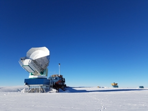 The South Pole Telescope is the latest to join the globe-spanning array of radio telescopes working together to take a direct image of the supermassive black hole at the center of our Milky Way. (Image: Junhan Kim)