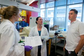 From left: Sarah White, Heather Thompson and Dr. Janko Nikolich-Zugich (Photo: Robin Tricoles/UA News)