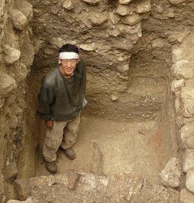 Takeshi Inomata during an excavation at Ceibal