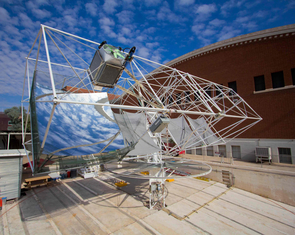 "The ""tracker"" consists of a steel frame that ultimately will support eight mirrors, together generating enough electricity to power about four to five homes. The prototype has been modified since this picture was taken. (Photo: Blake Coughenour)"