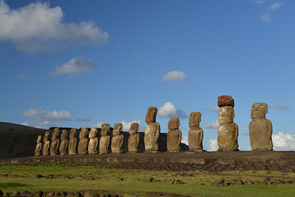 In a newly published paper in PLoS One, researchers presented a series of formal models which indicate that, if Rapa Nui's monuments did indeed serve a territorial display function (in addition to their well-known ritual roles), then their patterns are best explained by the availability of the island's limited freshwater. (Photo: R.J. DiNapoli)