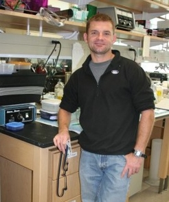 UA Ph.D graduate James Cherwa Jr. in the laboratory where he conducts research at BIO5.