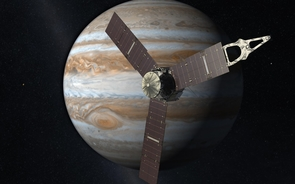 An artist's rendering of the Juno probe as it approaches Jupiter. (Image: JPL-Caltech/NASA)