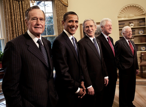 David Hume Kennerly shot this photo of former President George Bush, then-President-elect Barack Obama, then-President George W. Bush, and former Presidents Bill Clinton and Jimmy Carter, in the oval office on Jan. 7, 2009. (Photo: David Hume Kennerly)