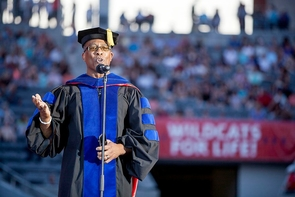 Bryan Carter, an associate professor of Africana studies, is among the faculty members who will participate in the Commencement pre-show. (Photo: John de Dios/UANews)