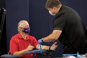 Robbins was among the first to get an antibody test as part of a partnership between the university and the state of Arizona. (Photo: Chris Richards/University of Arizona)