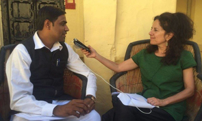 Relly interviewed journalist Razak Haider, who is with the news organization Rajasthan Patrika in Jodhpur, India, about his extensive use of the RTIA. (Photo: Piyush Soni)