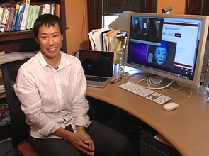 Sandiway Fong, a computational linguist at the University of Arizona, will work with Carnegie Mellon University to create a bicultural robot to meet the demands of a multicultural society such as Qatar.