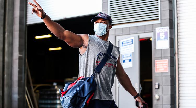 University of Arizona football players return to Arizona Stadium through Gate 8, where they were met with clear health protocols. (Photo: Mike Christy/Arizona Athletics)