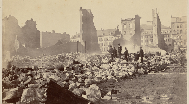 The Great Fire of 1872 left large parts of Boston in ruins. Because many horses were sick with an outbreak of the flu, equipment had to be pulled by men, slowing firefighting efforts.