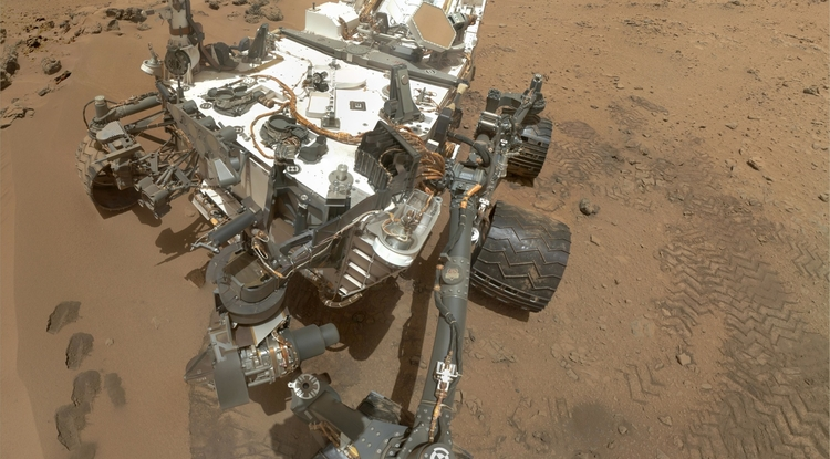 Mounted on a rover like NASA's Curiosity, the Astrobiological Imager could someday help identify promising spots to search for traces of life. Unlike existing imagers, the prototype developed by the UA-led team can photograph things close up and far away. (Photo: NASA)
