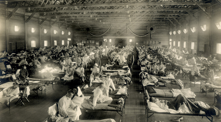 An emergency hospital in Camp Funston, Kansas, during the 1918 influenza epidemic. (Photo credit: Otis Historical Archives, National Museum of Health & Medicine)