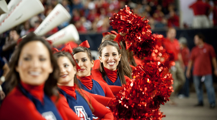 Homecoming 2012 parade (Photo by Patrick McArdle/UANews)