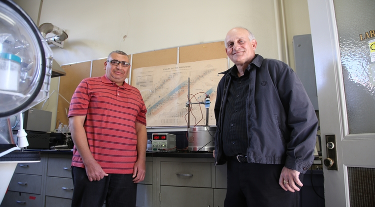 The UA's Hassan Elsentriecy (left) and Dominic Gervasio in their lab (Photo: Paul Tumarkin)