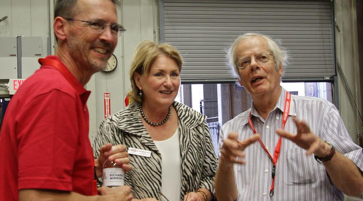 Roger Angel (right) with Richard F. Caris Mirror Lab scientist Buddy Martin and UA President Ann Weaver Hart (Photo: Ray Bertram/UA)