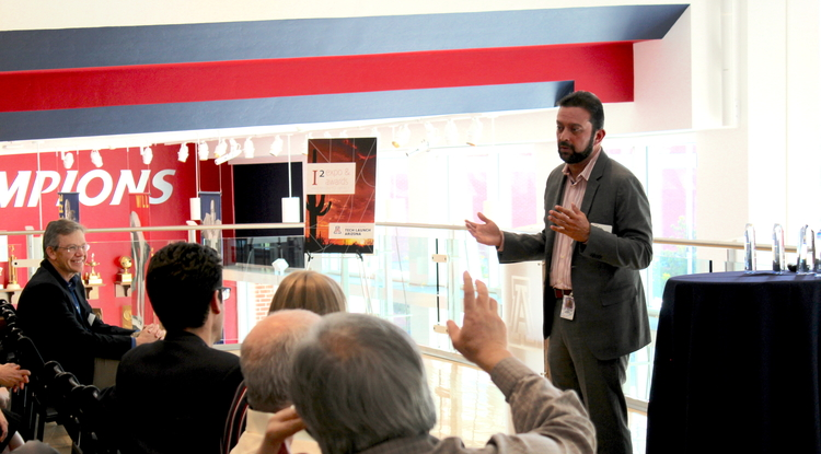 Rajesh Khanna, an associate professor in the UA Department of Pharmacology, delivers his pitch for Regulonix and the small molecule inhibitors for chronic pain the company is working to bring to market. (Photo credit: Paul Tumarkin/Tech Launch Arizona)