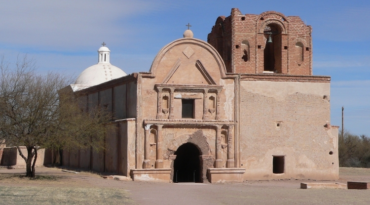 The 200-year-old San Jose de Tumacácori mission has suffered from heavier-than-usual rainfall, eroding the mission's adobe walls. (Photo: Ammodramus)