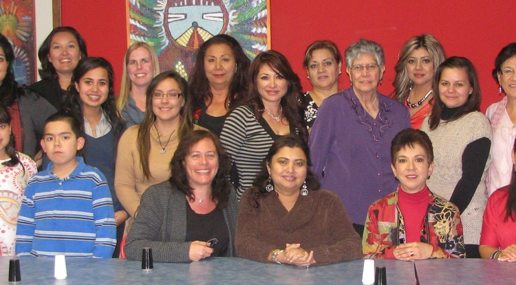 "Members of the ""Reach out for Healthier Communities"" research program from the Center of Excellence in Women's Health and the Pima County Cervical Cancer Prevention Partnership."