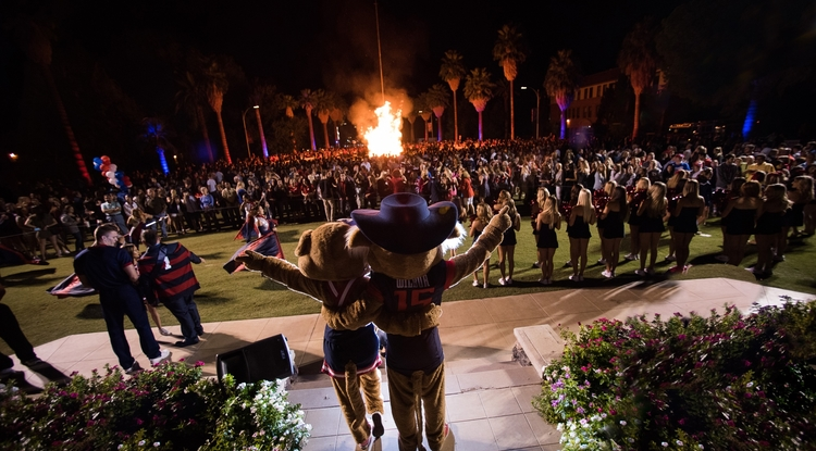 Thousands are expected to attend the UA's weeklong Homecoming celebration, which kicks off Oct. 21.