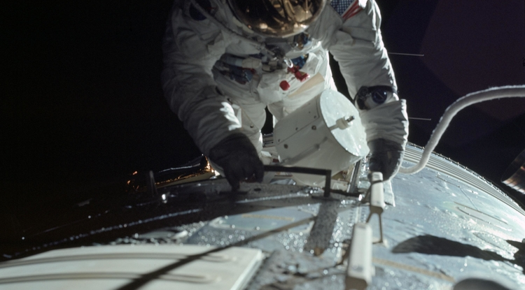 Apollo 17 astronaut Ron Evans had to embark on a spacewalk just to retrieve a cassette of film, which recorded data from the first radar mapping instrument mounted on a spacecraft. (Photo: NASA)