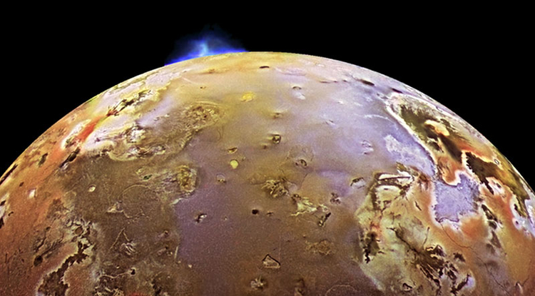If selected, the Io Volcano Observer, or IVO, will investigate whether a magma ocean lies beneath the surface. (Image: NASA/JPL/DLR)