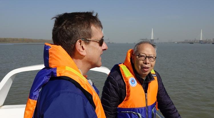 University of Arizona historian David Pietz (left) with professor Zhou Kaiya, a pioneering baiji dolphin researcher, on Yangtze River in November 2019, searching for finless porpoises.