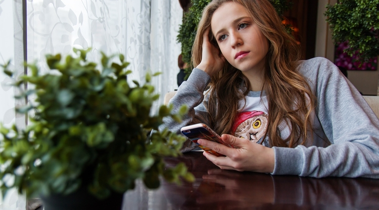 Negative effects of using modern smartphones