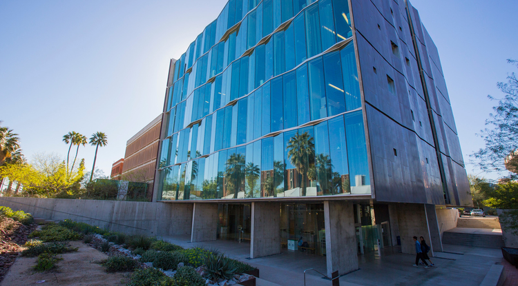 UA researchers are part of a public-private partnership that has just received $110 million in federal funding to, among other things, revolutionize Internet communication. (Photo credit: FJ Gaylor)