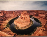 A photograph of Horseshoe Bend.