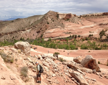 Peter Reiners (front) and the paleofluids team study the Mill Canyon splay of the Moab Fault, a potential pathway for paleofluid flow and fluid-rock reaction. (Photo: Amanda Hughes)