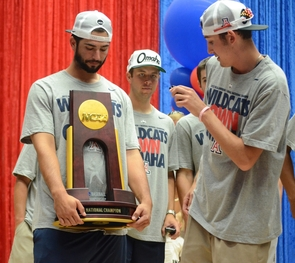 The baseball team received a hero's welcome for returning the College World Series trophy to the UA, a first since 1986. (Photo credit: Patrick McArdle/UANews)